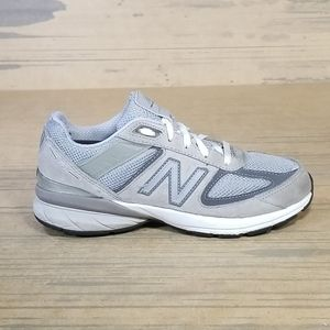 New Balance 990v5 Youth Sneakers